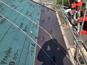 黒い屋根の張り替え