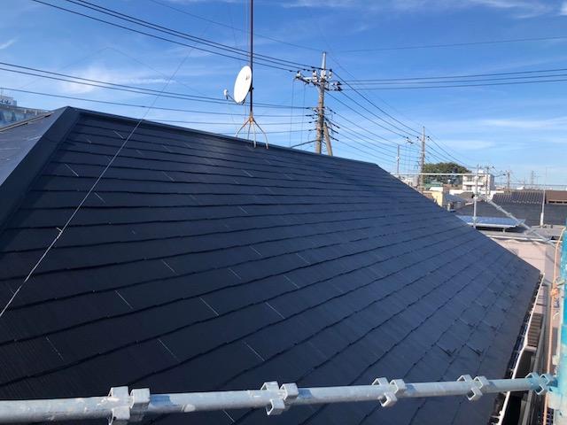 塗装後のスレート屋根の様子