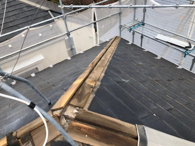 施工前の汚い屋根