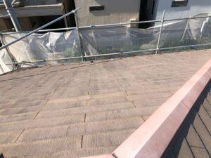 施工前の茶色い劣化した屋根
