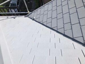 施工後のグレー色の屋根